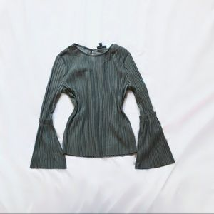 topshop ⋆ pleated bell sleeve  top